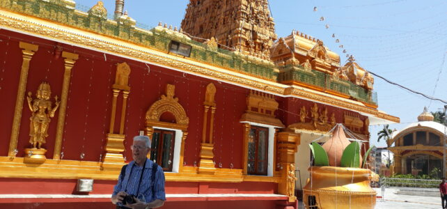 Abitare. Ad 85 anni, viaggio da solo da Treviolo all'India